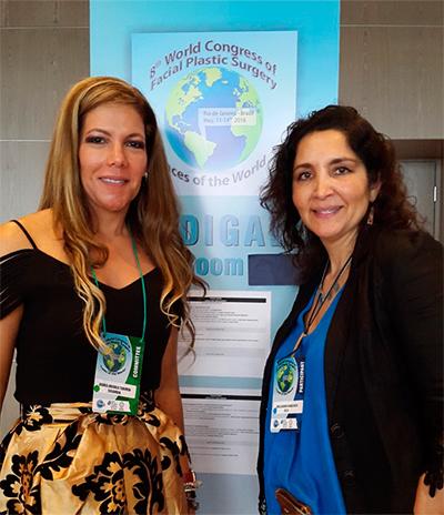 Doctora Navarrete junto a Doctora Osiris en Dra. Claudia Navarrete en el Congreso Mundial de Cirugía Plástica